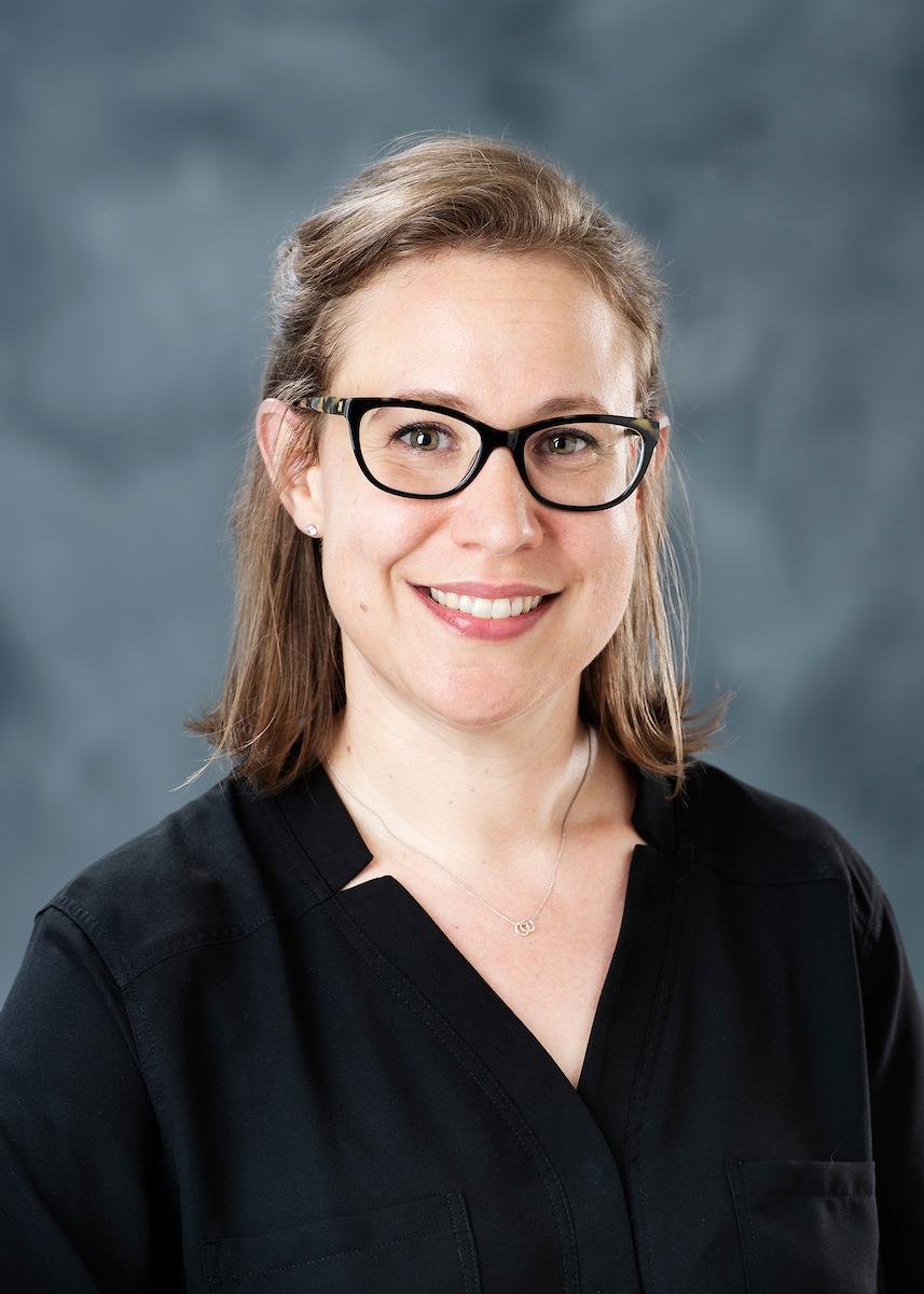 Dr. Melanie Loehwing