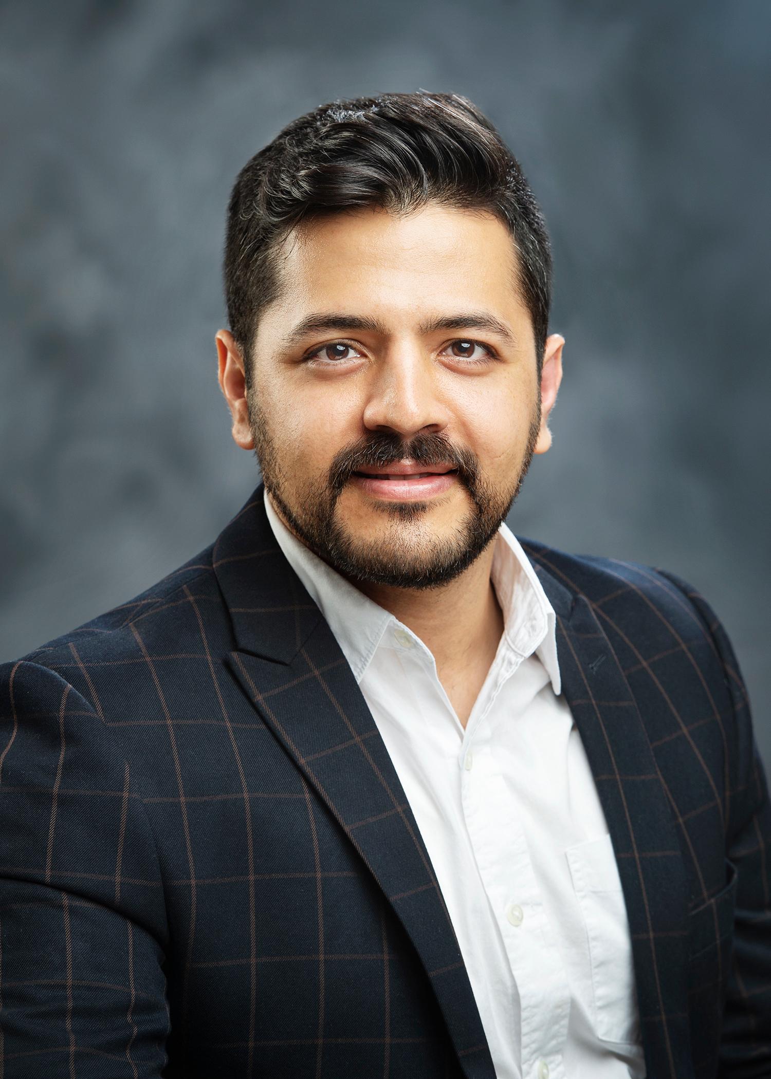 Mohsen Garshasby Moakhar