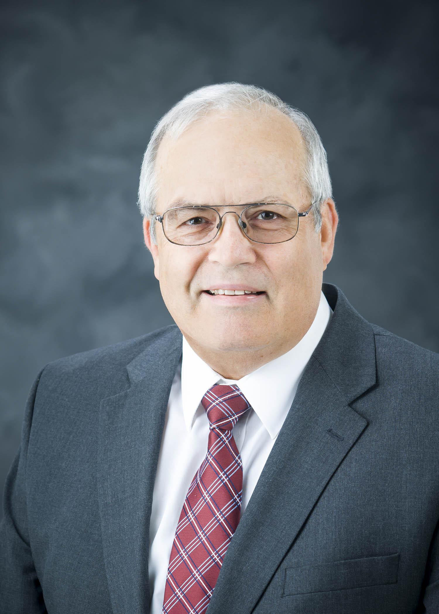 Dr. Robert Linford